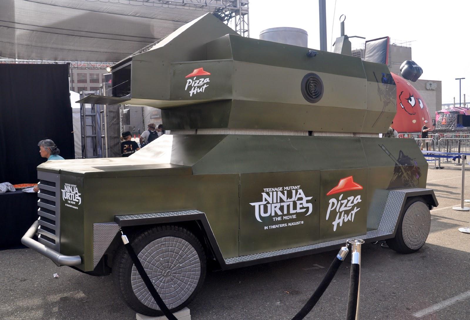 Lanceur de pizza grandeur nature yopaky - Tortues ninja pizza ...